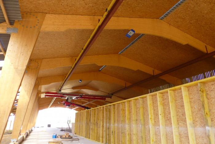 BatirWood est une société spécialisée dans la construction bois des bâtiments agricoles. Elle vous assure des prestations personnalisées et sur-mesure à des tarifs raisonnables.